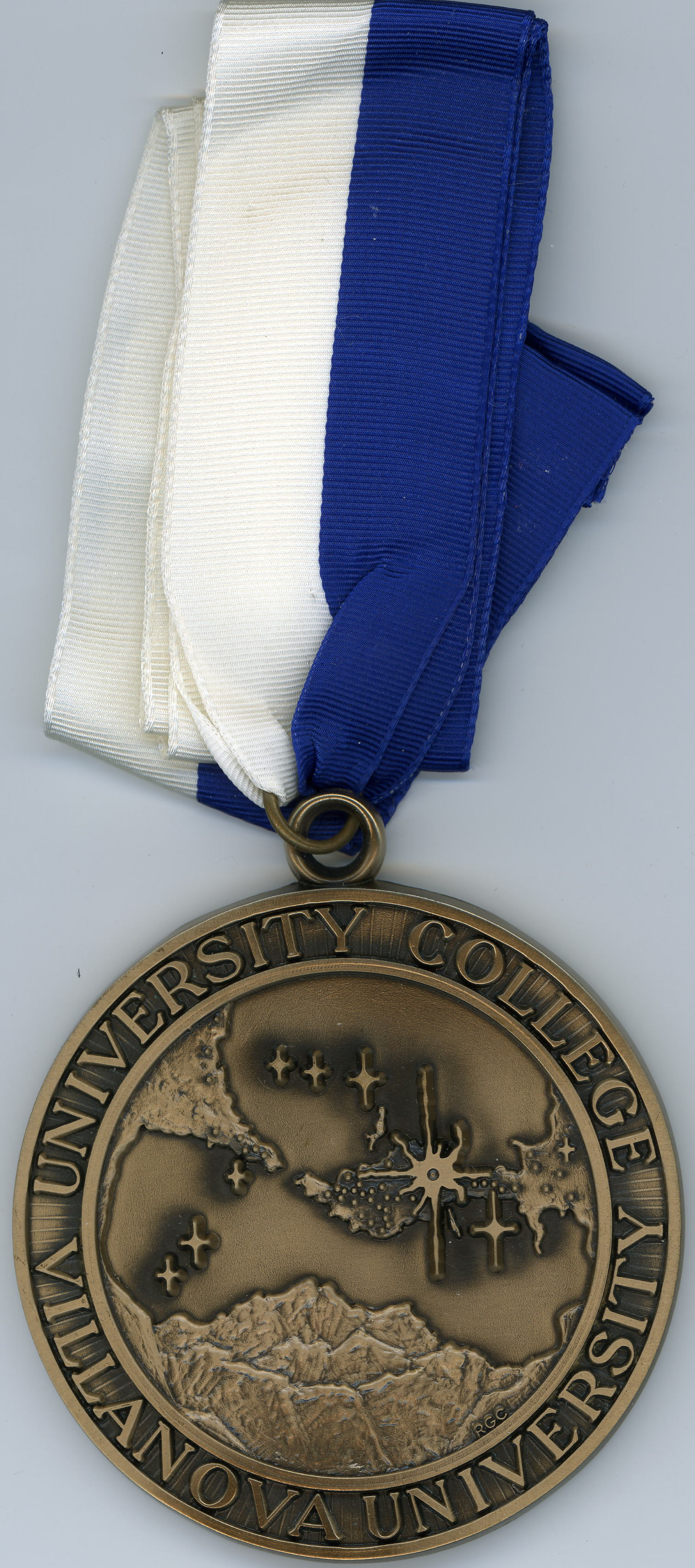 Medallion, University College