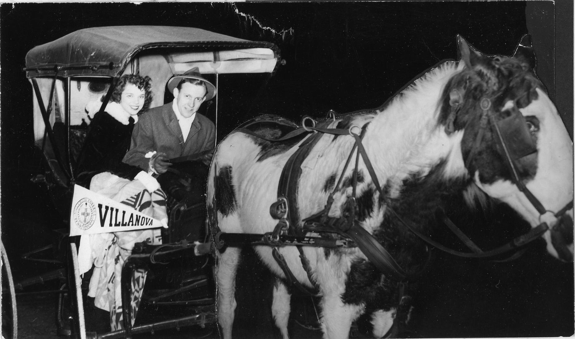 Horse and carriage, 15 January 1943