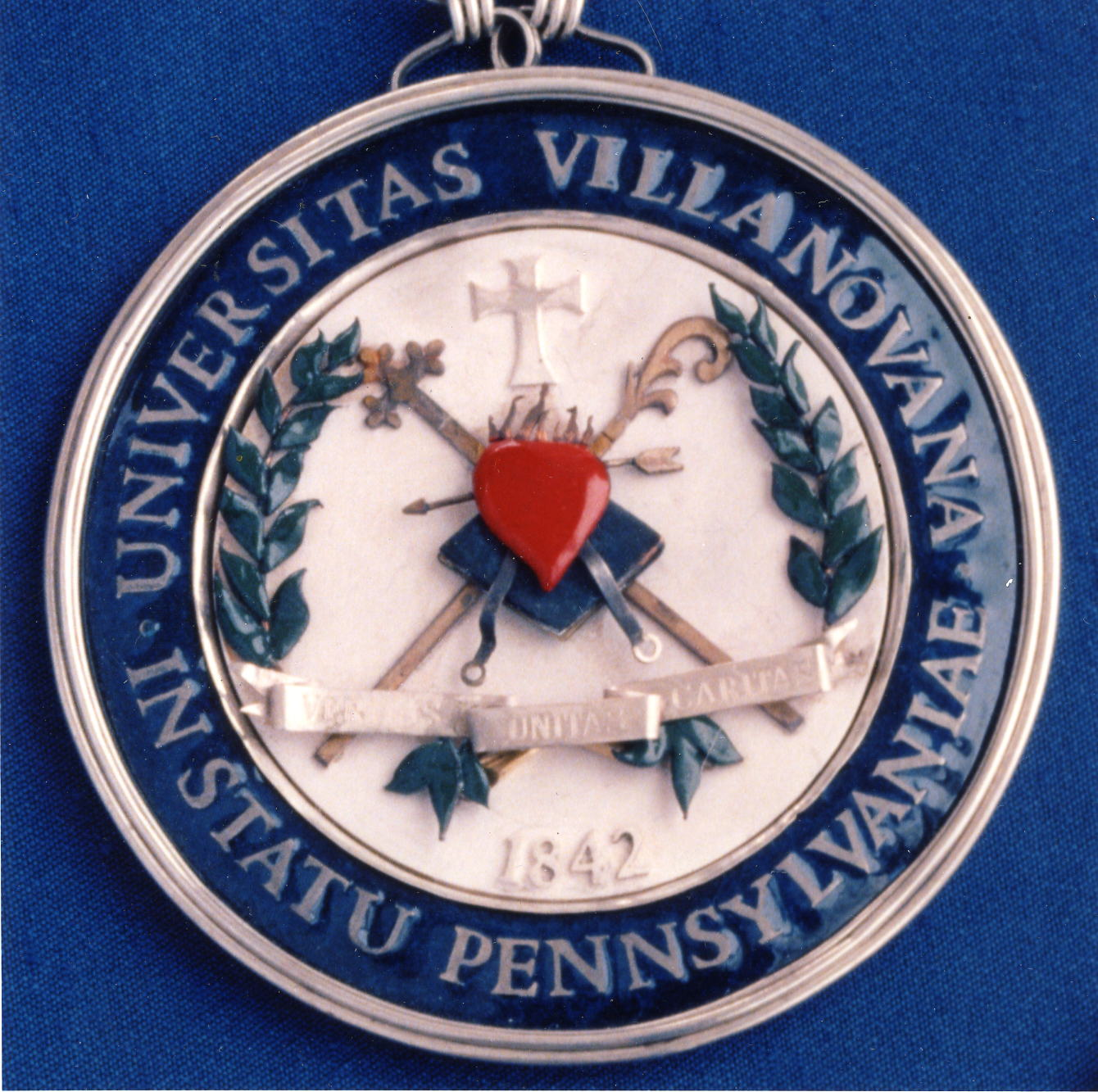 Presidential medallion, Villanova University